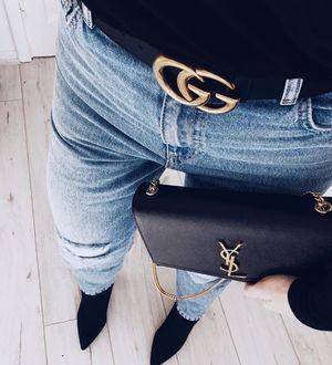 Black Gucci inspired belt.
