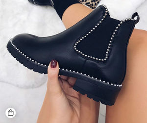 Boo boo boots black