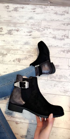 Isabella boots