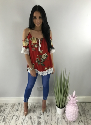 rose field top red